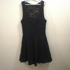 Dillema Lace Dress